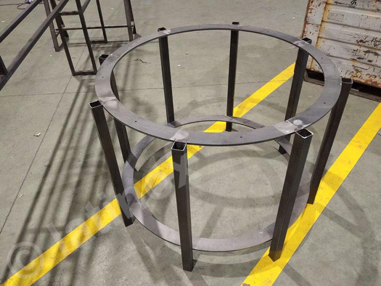 Tavoli e Basi in ferro